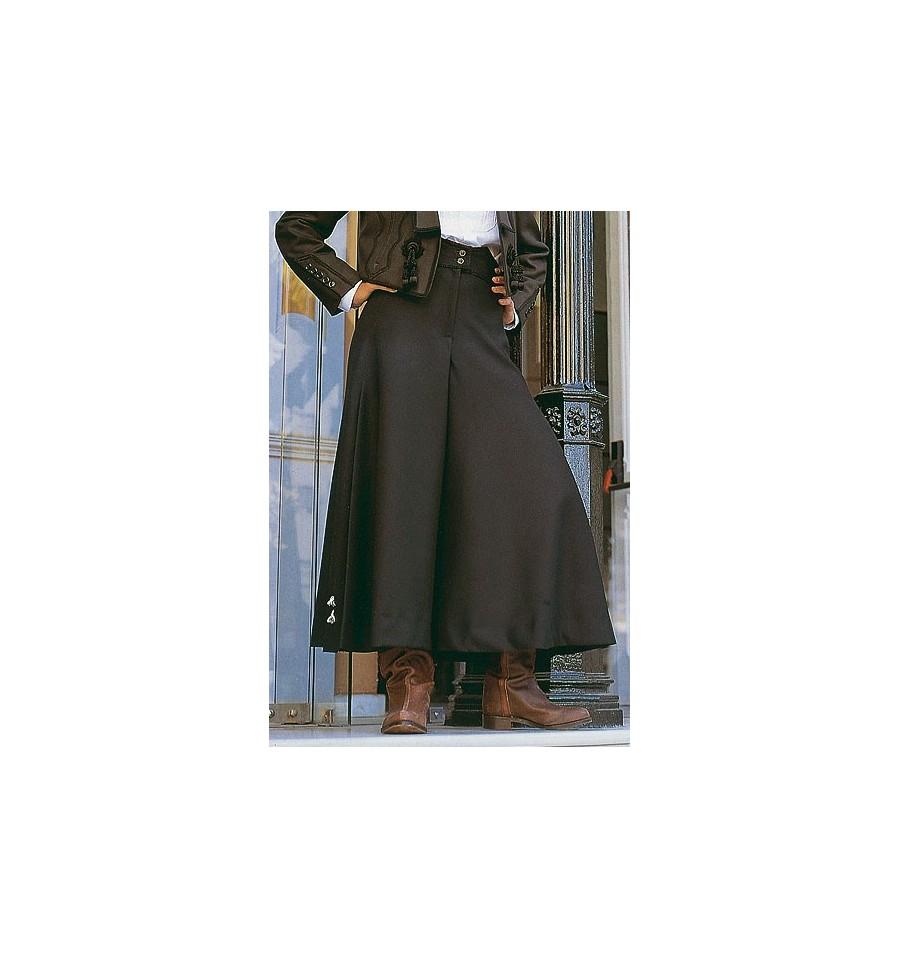 Falda pantalón con caireles