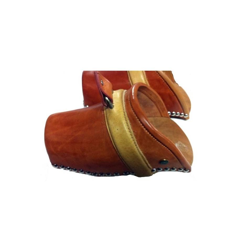 Estribos de zueco base de madera