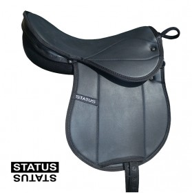 Kids saddle with handler